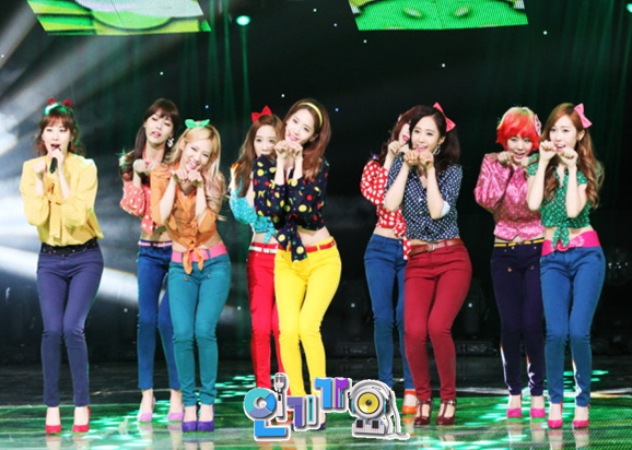 snsd inkigayo dancing queen pictures (1)