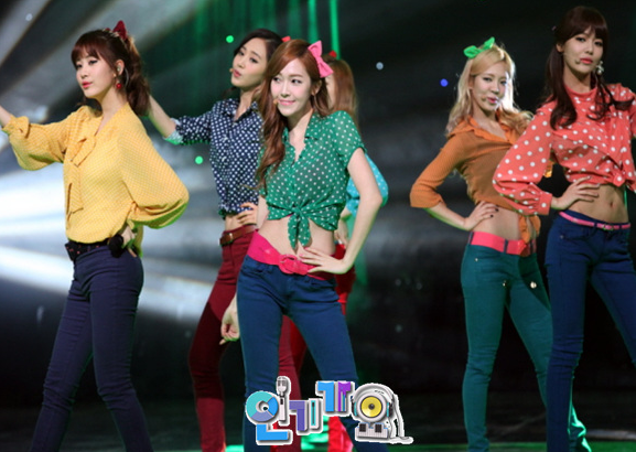 snsd inkigayo dancing queen pictures (4)