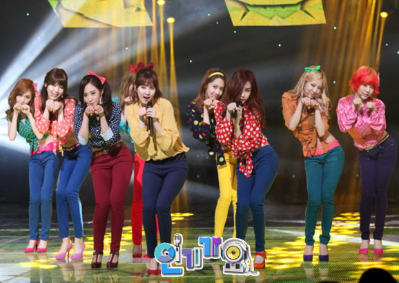 snsd inkigayo dancing queen pictures (6)