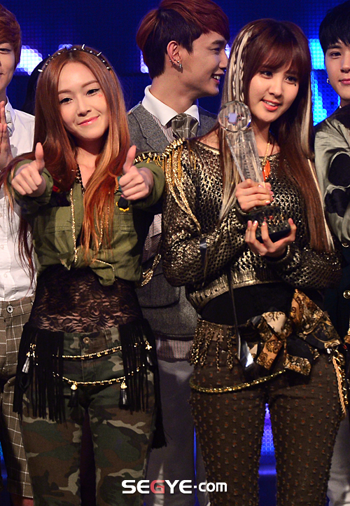 snsd mcountdown january 10 2013 pictures (40)