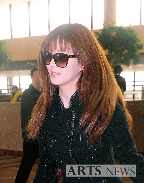 snsd airport pics (5)