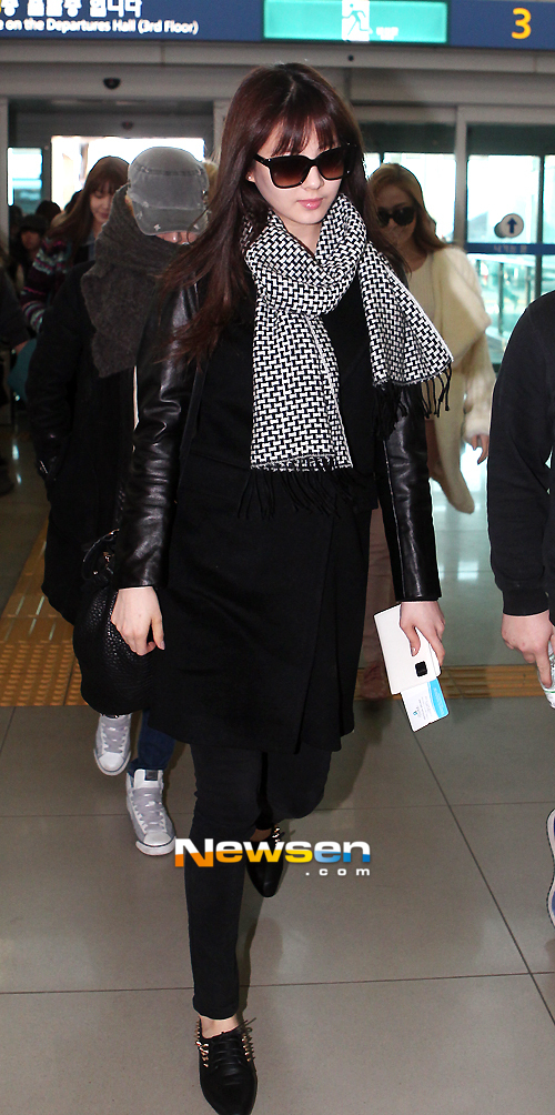snsd-airport-pictures-to-japan-5