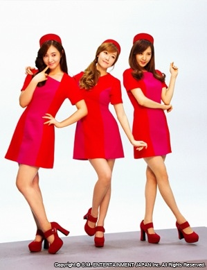 snsd-girls-and-peace-bts-pictures-11
