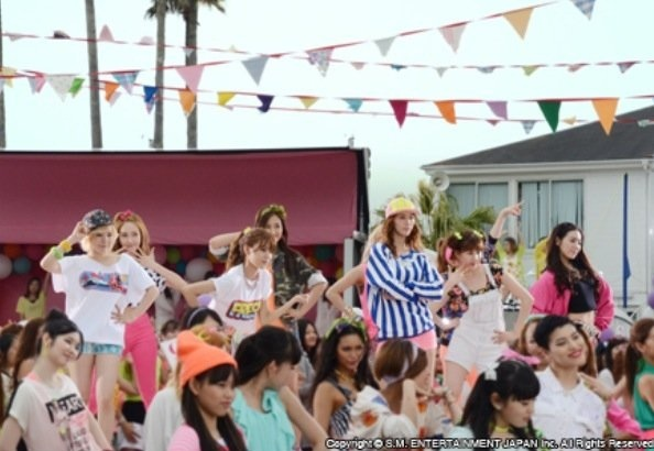 snsd love and girls mv filming (8)