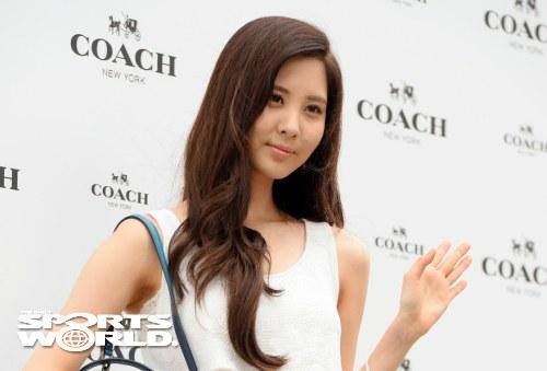 snsd seohyun coach 2013 (14)