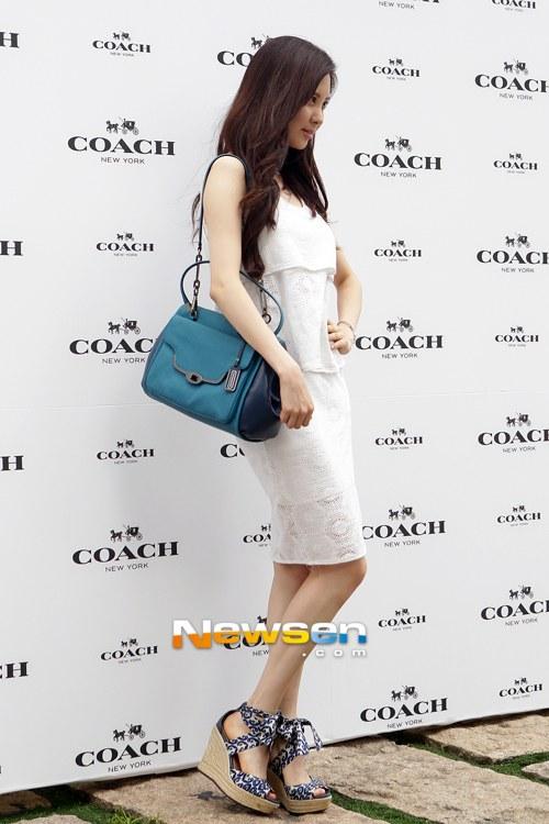 snsd seohyun coach 2013 (27)