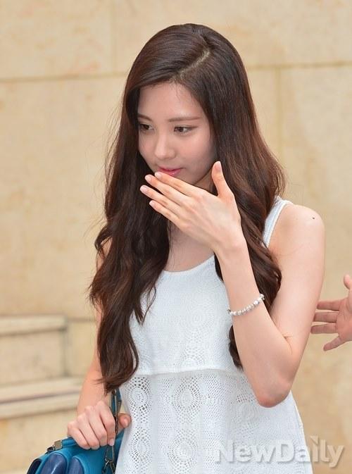 snsd seohyun coach 2013 (29)