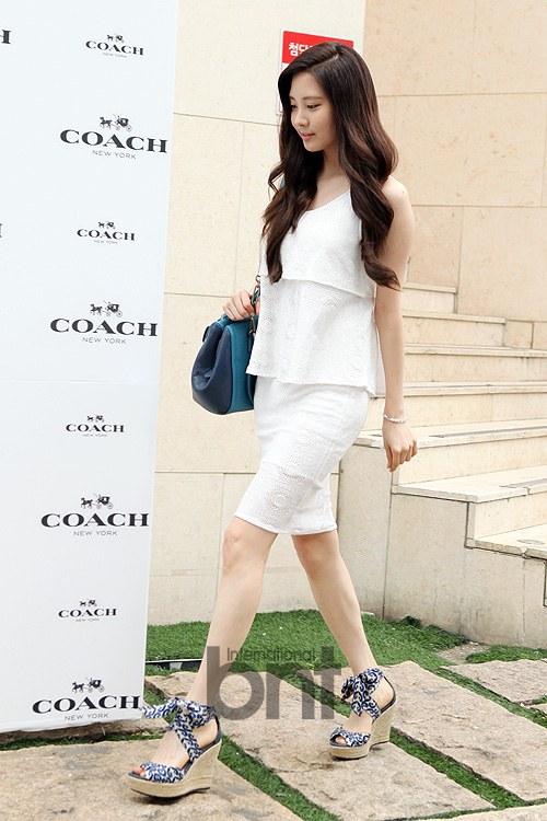 snsd seohyun coach 2013 (30)
