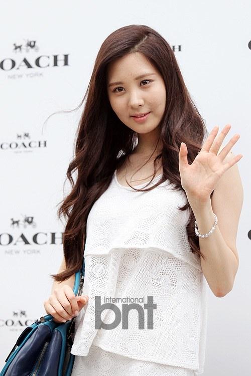 snsd seohyun coach 2013 (32)