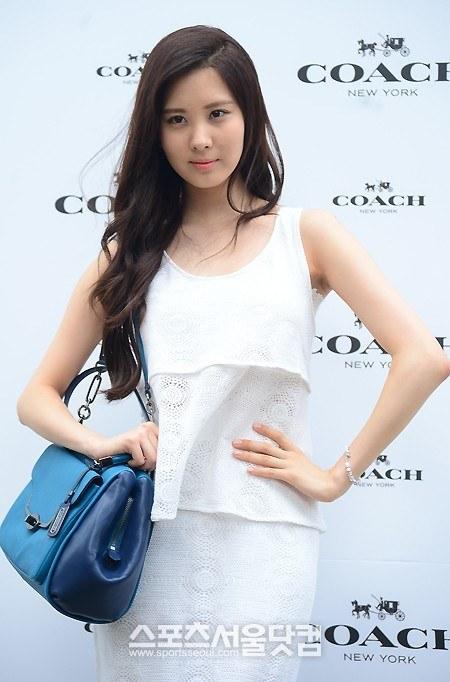 snsd seohyun coach 2013 (41)