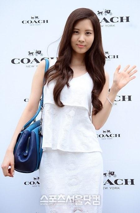 snsd seohyun coach 2013 (43)